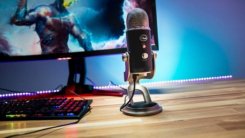 The 10 Best Microphones for Gaming & Streaming